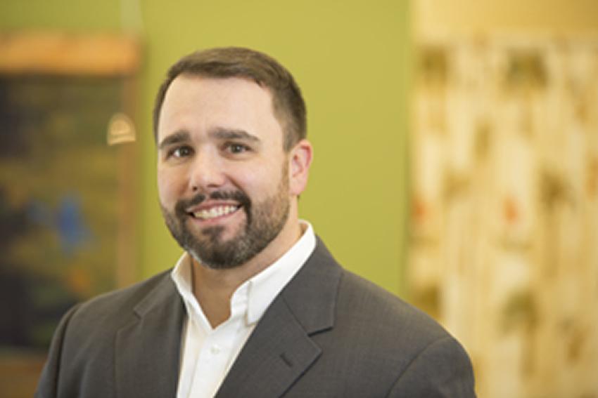 Dr Craig A Howenstine